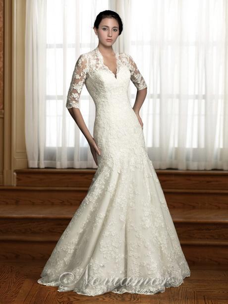 Lace wedding dresses vintage inspired for Vintage italian wedding dresses