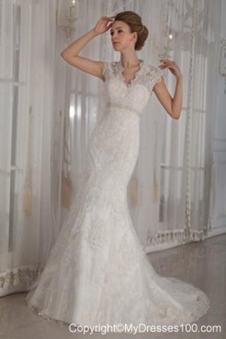 modern vintage lace wedding dress 96 12 - Modern Vintage Lace Wedding Dresses