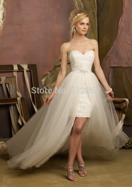 Short wedding dress with long train for Short wedding dress with long train