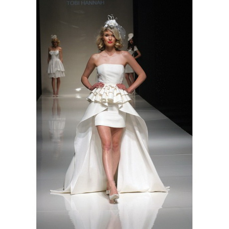 Short wedding dresses with long trains for Short wedding dress with long train