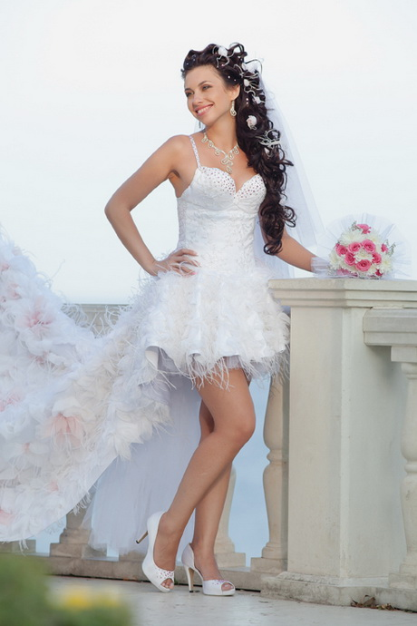 Very short wedding dress for Wedding dress ideas for short brides