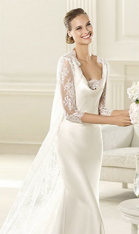 Vintage inspired lace wedding dress for Vintage inspired wedding dresses lace