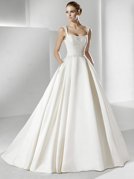 Look - Plain Classic wedding dresses pictures video