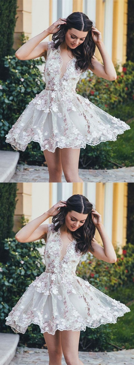 For the bride who wants to wear a touch of color. The exclusive ombre tulle on this sweetheart ball gown wedding dress is inspired by the pearls found inside conch shells.