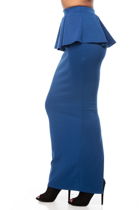 Get dolled up without spending a fortune with formal wear for women at Stein Mart. Save big when you shop elegant evening wear, including affordable special occasion tops and holiday formal wear, all at discounted prices.
