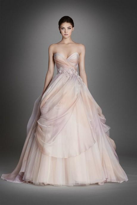 Vera wang wedding dresses 2017 collection for Wedding dresses by vera wang 2017