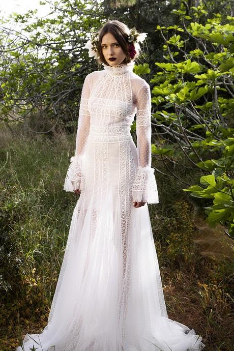 2017 Wedding Dress Trends : Wedding dress trends pastels