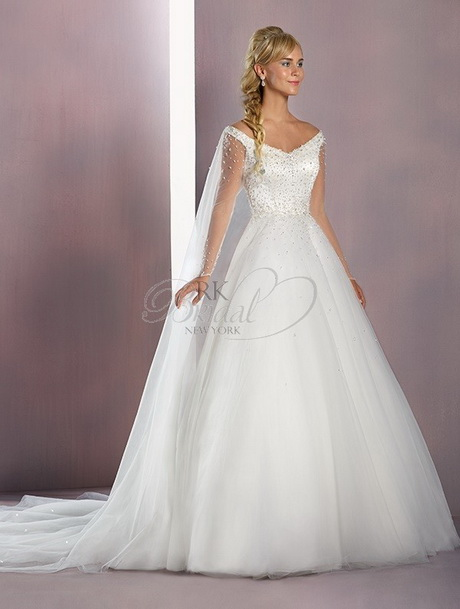 Alfred angelo wedding dresses 2016 for Designer disney wedding dresses