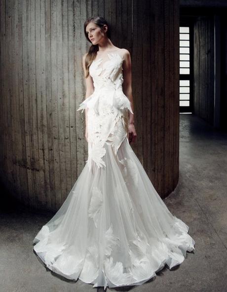Best designer wedding dresses 2016 for Top wedding dresses designers