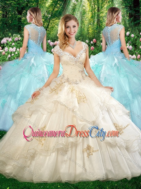 Beautiful Straps Champagne Quinceanera Dresses with Beading and Appliques.  triumph 865d045d6408