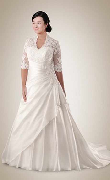 Full figured wedding dresses with sleeves for Wedding dresses for larger figures