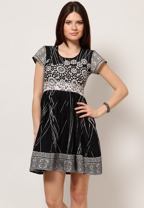 Dresses For Girls: Shop for Gowns & Frocks For Girls online at best prices in India. Choose from a wide range of Girls Dresses at newuz.tk Get Free 1 or 2 day delivery with Amazon Prime, EMI offers, Cash on Delivery on eligible purchases.