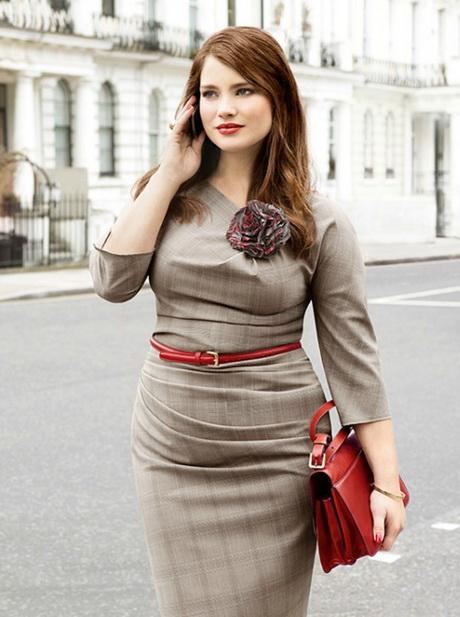 фото очаровательные девушки в офисной одежде
