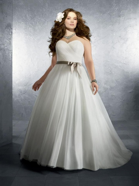 wedding dresses for thick women