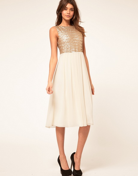 Perfect dress for a wedding guest for How to find the perfect wedding dress