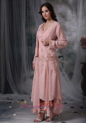 Unique dresses for wedding guest for Quirky dresses for wedding guests