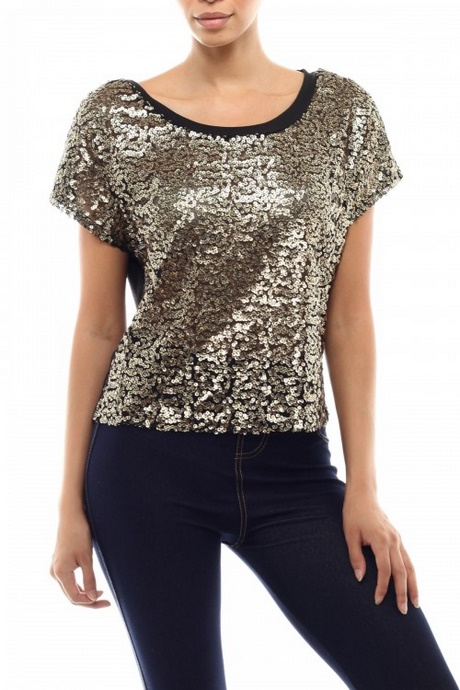 Women's Tops. Sizes from Update your wardrobe for the season ahead with our essential collection of tops. From basic t-shirts and vests to smart shirts and blouses, you'll find styles for every occasion and to flatter every figure.