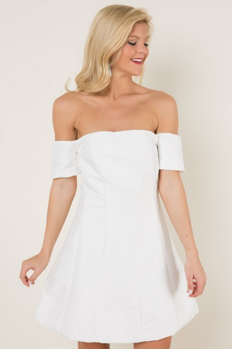 An eventful evening is sure to include an appearance by the Lulus Play the Party White Off-the-Shoulder Skater Dress! Medium-weight stretch knit shapes a notched neckline (with hidden V-bar and no-slip strips) and short, off-the-shoulder sleeves, atop a darted bodice/5(17).