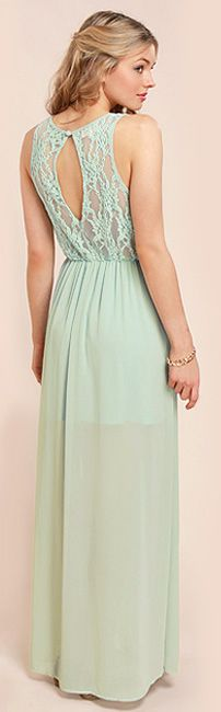Chic Maxi Dresses offers affordable women's clothing, Bridesmaid & Evening dresses, Mini Dresses, Cocktail & Party Dresses, Beach Dresses, Casual Occasion Dress in Adelaide, South Australia. All dresses come in a variety of colours, styles and sizes and I NOW stock PLUS size Maxi.